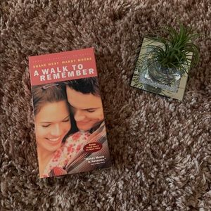 🎬 A Walk to Remember VHS!